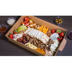 CHEESE PLATTER FOR 6-8 PEOPLE
