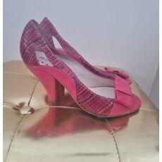 Female shoes Doralatina  01