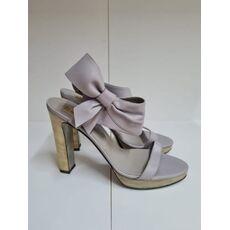 Womans shoes 0111