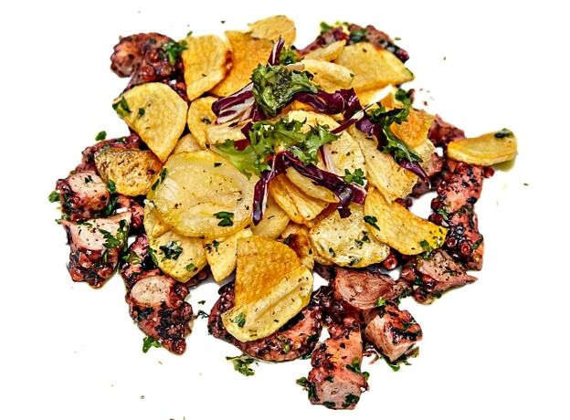 Octopus in wine