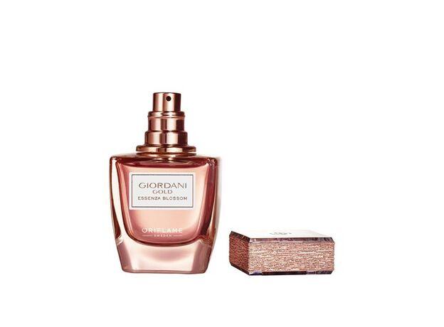 Giordani Gold Essenza Blossom perfume 09