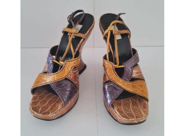 Women's shoes PRADA 01