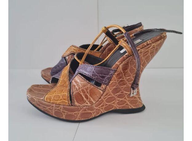 Women's shoes PRADA 03