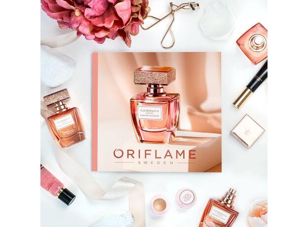 Giordani Gold Essenza Blossom perfume 07