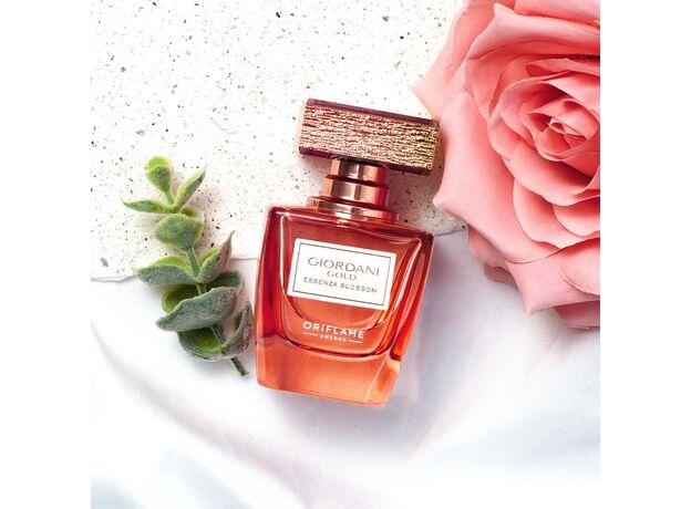 Giordani Gold Essenza Blossom perfume